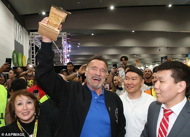 Arnold Schwarzenegger launches mas-wrestling competition in Australia