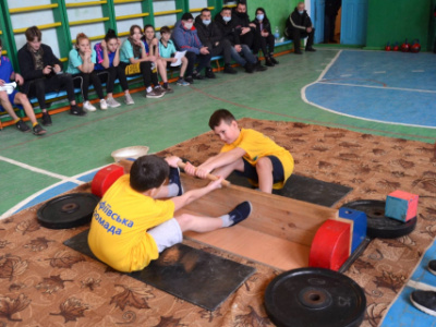 Youth Mas-Wrestling competitions started in Ukraine