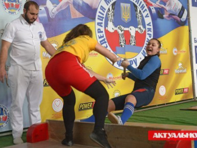 IV Ukrainian Mas-Wrestling Cup was held in Melitopol