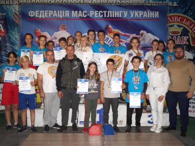 Ukraine successfully held the Mas-Wrestling Championships among youth and adults